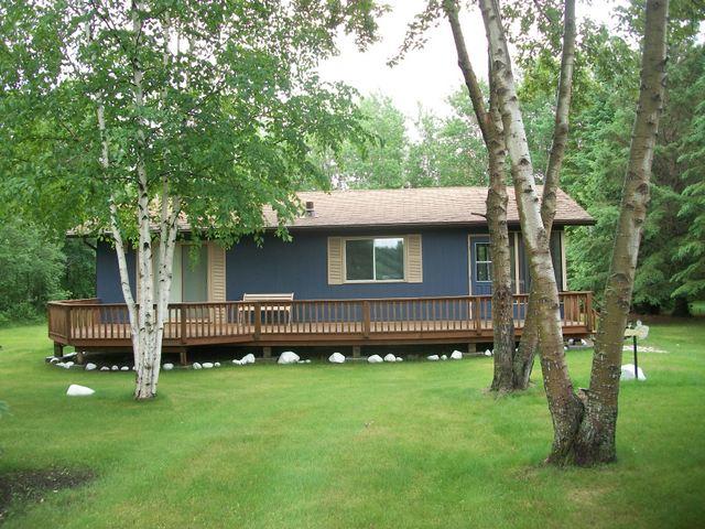 Sold Seasonal Cottage 59 Willow Bay Hillside Beach