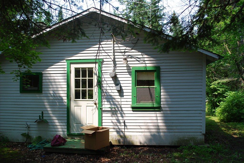 Sold Seasonal Cottage 211 5th Avenue Victoria Beach