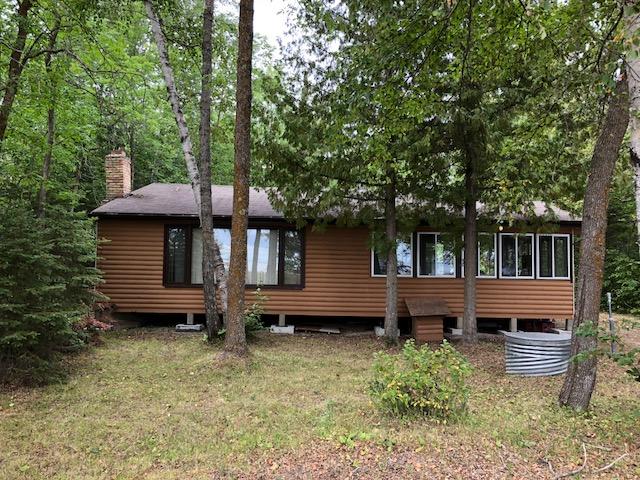 Seasonal Cottage for sale: 51 Wabanong Lakefront REDUCED Wanasing